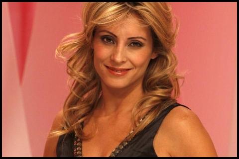 Carola Julio trae de regreso los programas de servicios a la TV